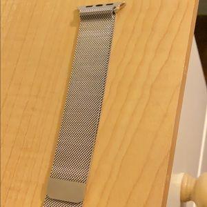 Apple Watch Milanese loop.